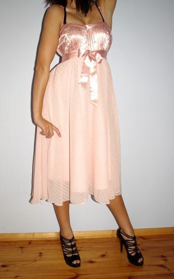 AKCIJA Nuostabi suknelė