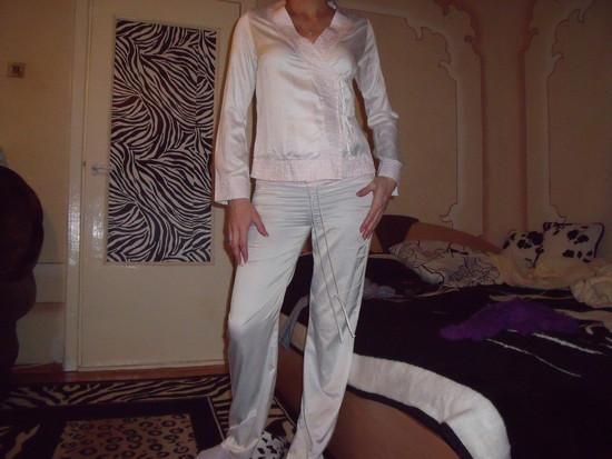 h&m pizamyte balta silkine