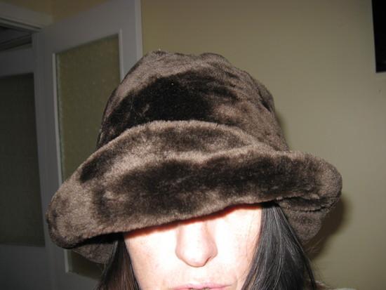 Kailinė kepurė skrybėlė