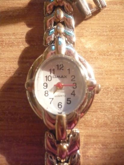 ''Paauksuotas'' laikrodukas