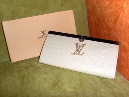 Louis Vuitton piniginė juoda ir balta
