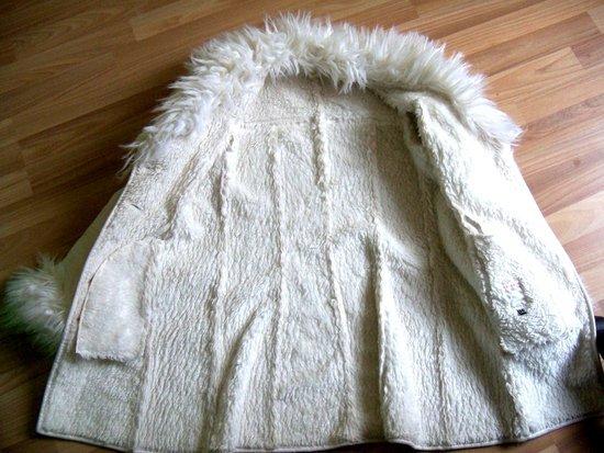 Baltas labai šiltas paltukas