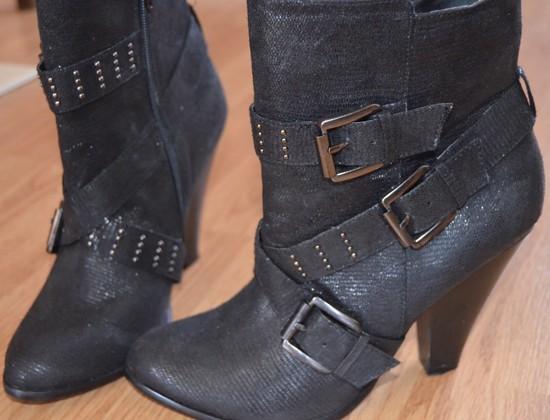 sezoniniai juodi batai