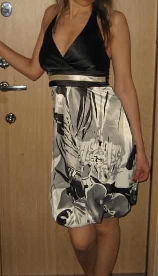 Nuostabi suknute
