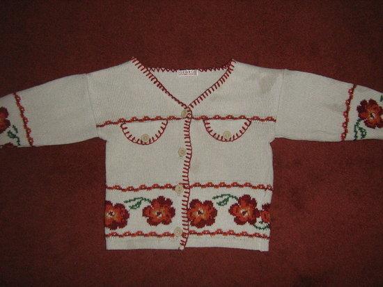 Megztinukas 12-24 mėn.mergytei  / George