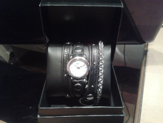 LA MER Studded Leather Motor Chain Watch