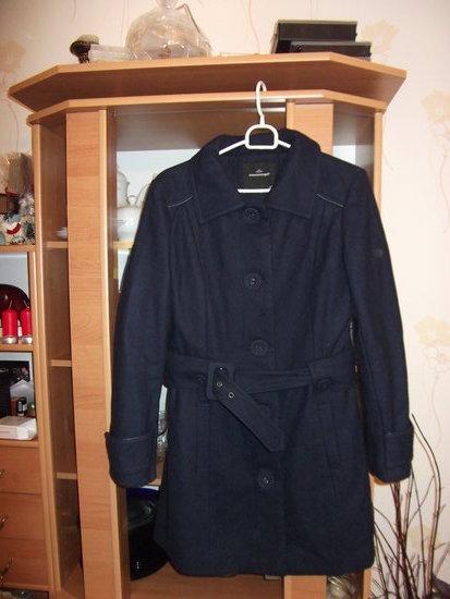 Madingas tamsiai mėlynas paltas