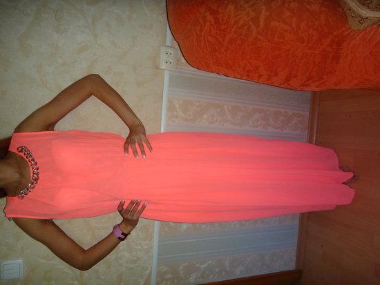 rozine neonine ilga suknte su grandinele