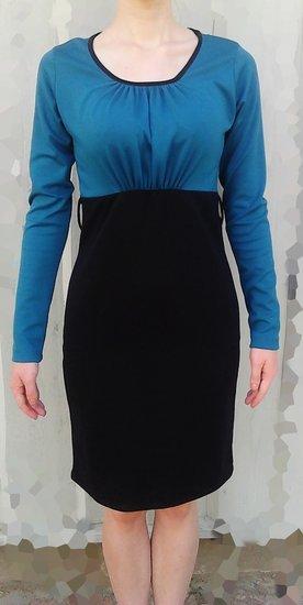 Elektrinė - juoda suknelė