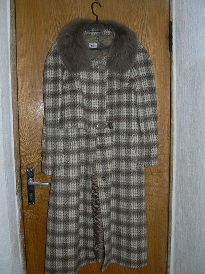 Naujas moteriškas žieminis paltas