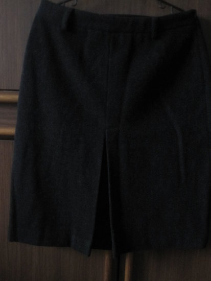 klasikinis juodas sijonukas
