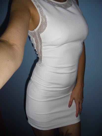 Zara nuostabi suknele
