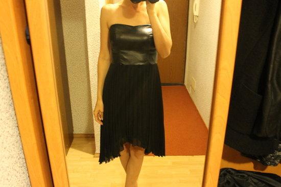 Parduodu mažai dėvėtą suknelę