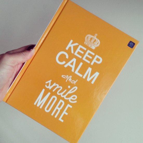 Keep calm and smile more užrašine